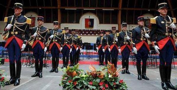 La-Garde-republicaine-samedi-a-Buzancais_reference.jpg