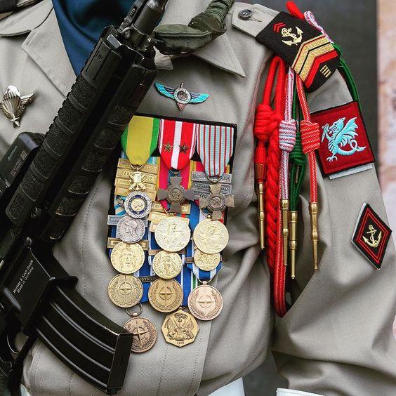 9c6d2abe217c62f9c7c33413926e59cc--soldiers-military.jpg