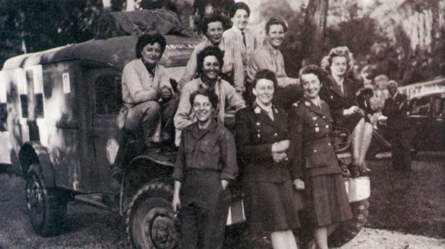 boulogne-billancourt_aout_1944.jpg