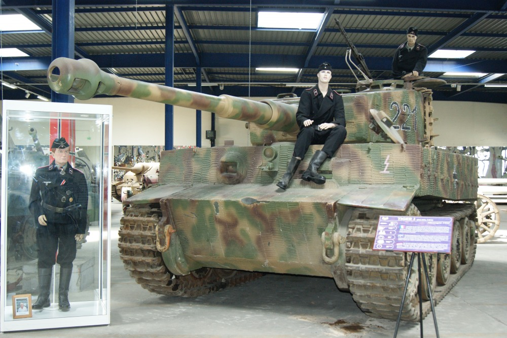 musée des blindés-Saumur-075.jpg