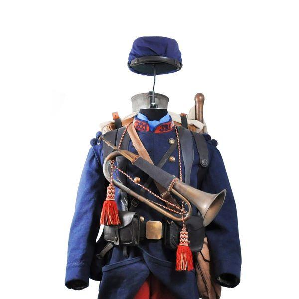 clairon-du-321e-regiment-d-infanterie-francaise_5389877.jpg