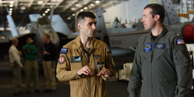 a-bord-de-l-uss-bush-la-france-et-les-etats-unis-consolident-leur-cooperation-militaire.jpg
