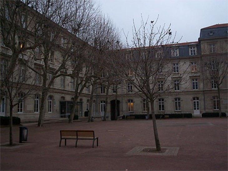 Musée-de-la-Résistance.jpg