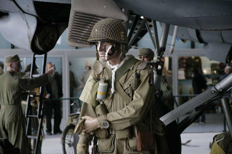 Ste-Mere-Eglise-Musee-Airborne-mannequins-Eric-Belloc.jpg