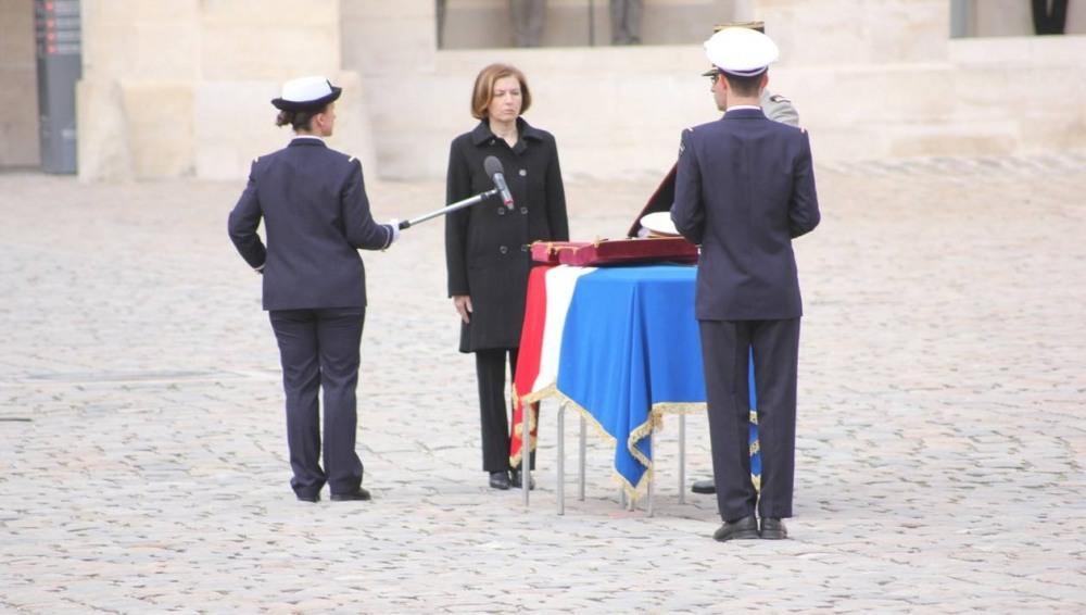 32918ce025e159a320057e4d045920ea-hommage-national-aux-invalides-la-legion-d-honneur-pour-le-medecin-principal-marc-laycuras.jpg